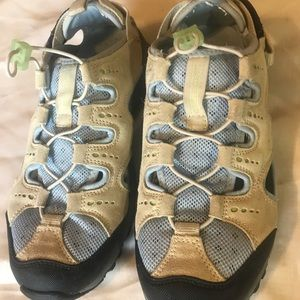 Lands End womens water Sandals size 8.5 B Preown